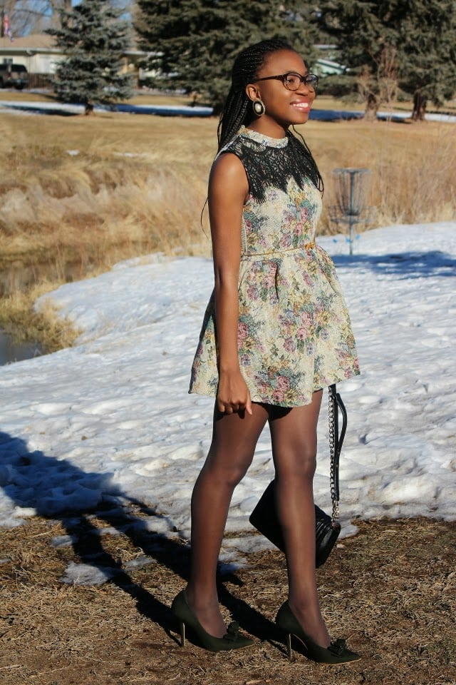 Wyoming Fashion: Vintage inspired full flare jacquard dress worn with a pair of modern trendy bow stiletto heels.