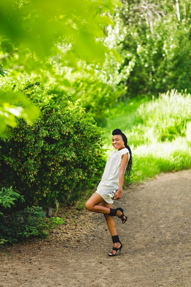 tunic tops, tunic dress, nigerian, alaska fashion blogger, lace up sandals, beaded clutch