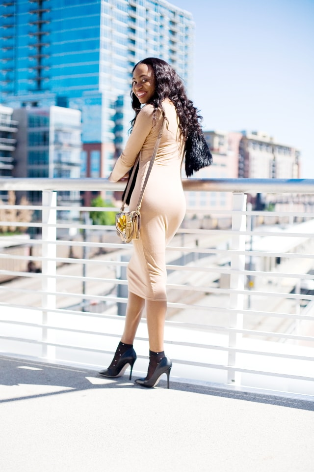 Bodycon midi dress, Alaska fashion blogger, bodycon dress, Nigerian, Fashion blogger, African girl