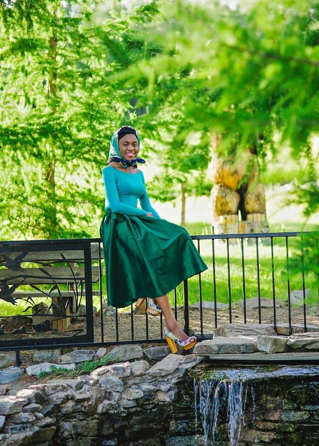 Green midi dress, Alaska blogger, online shopping, block heels, crop top, online shopping