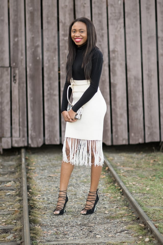 Nigerian blogger, Alaska fashion blogger, Black girl blog, fashion nova, beauty blog, fringe skirt, tassel skirt, fringe skirt outfit, asos skirt