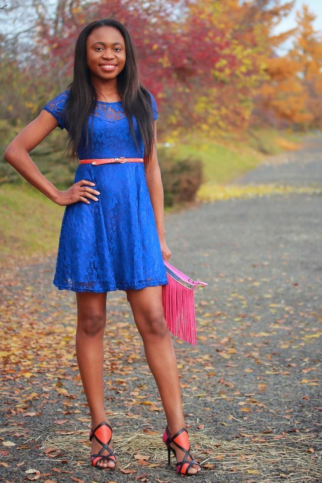 Black fashion, pink fringe purse, suede fringe purse, shoedazzle shoes, what to wear, Alaska blogger