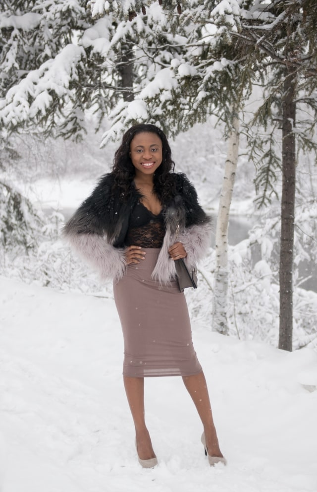 bodycon midi skirt, Fashion blogger, Street style blogger, Fashion bloggers to follow, faux fur, faux fur coats, faux fur, faux fur vests, faux fur comforter, faux fur coat, faux fur jackets