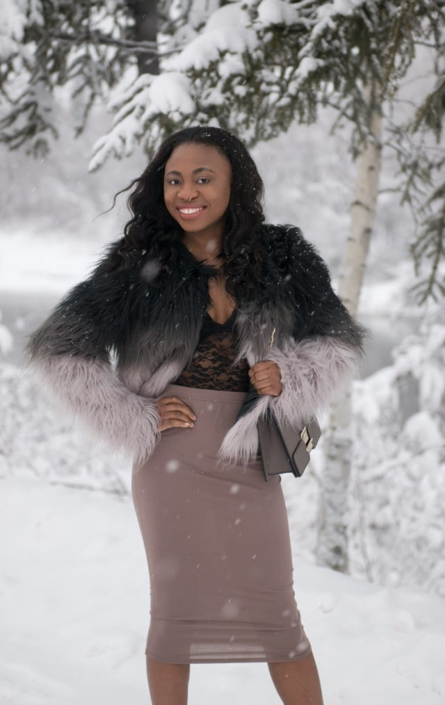 faux fur vests, faux fur comforter, faux fur coat, faux fur jackets, Fashion bloggers on Instagram