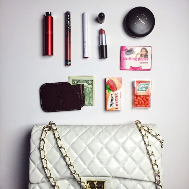 date night ideas, date night, date night essentials, date night makeup, blotting paper, date night ready, valentine's prep, getting ready for a date, makeup essentials, get ready quickly.