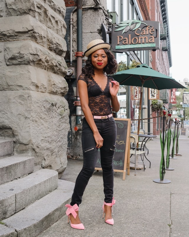 Happily Black with a touch of Pantone's 2016 color, Rose Quartz. Stun others in this backless lace bodysuit, paired with black skinny jeans, a pair of trendy bow pumps and embellished bow belt. Topped up with a straw bowler hat. Chic is an understatement. Click for more!