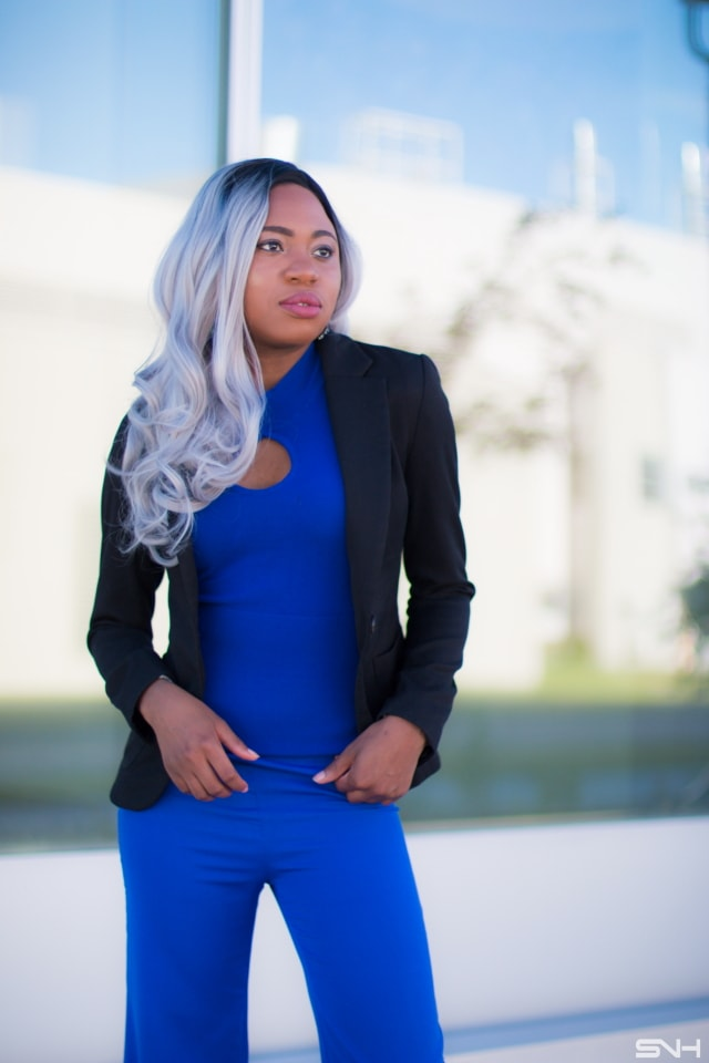 Black and Blue Blazer Outfit Inspiration - La Passion Voûtée