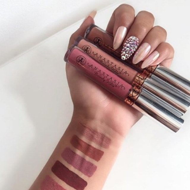 Top 10 Best Long-Lasting Liquid Lipsticks | Tired of lip stains that don't last all day? Check out this post to learn more about the top 10 best lip stains that are smudge-free, intensely saturated and that last all day. Click for more!