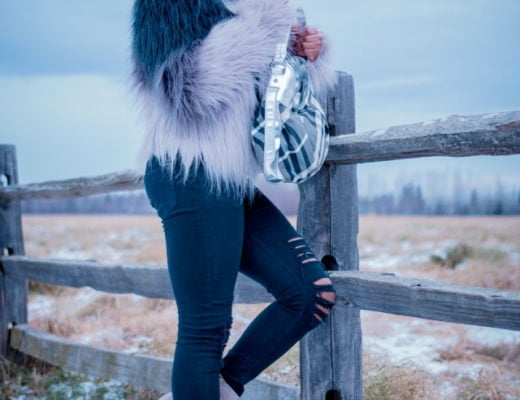 Faux fur jacket outfit   Q trendy fall street style combining ombre faux fur coat, ripped black jeans, fringe ankle booties. Fashion blogger   Alaska   Black blogger   Fall fashion   Ripped denim