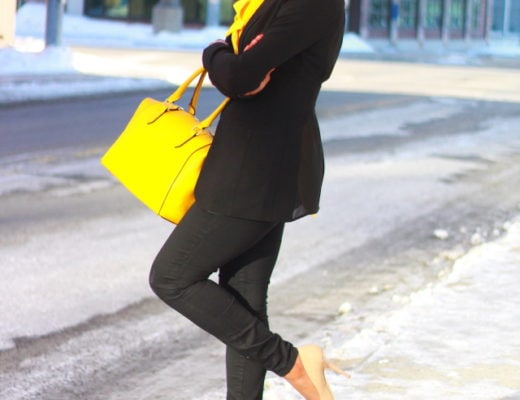 Business casual with a chic chiffon blazer and bow tie blouse on sale for up to 50% off! This fitted high waisted black skinny jeans are flattering and costs $40! Head over to La Passion Voutee for details on this amazing casual attire to wear to work and for ideas on how to style business casual looks. Spring fashion | Business casual outfit | Work wear outfit |