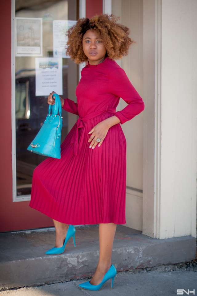Heck yeah to this classy burgundy pleated dress outfit. pleated skirt outfit | pleated skirt | pleated maxi skirt | pleated dress | pleated midi skirt outfit | pleated | pleated dresses | pleated skirts | pleated maxi dress | long pleated dress | Heck yeah to this classy burgundy pleated dress outfit. pleated skirt outfit | pleated skirt | pleated maxi skirt | pleated dress | pleated midi skirt outfit | pleated | pleated dresses | pleated skirts | pleated maxi dress | long pleated dress | accordion pleats |