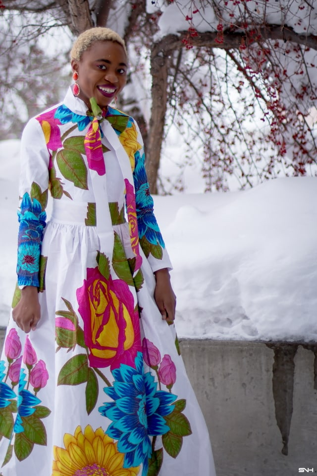 If you have a love for vibrant colors and statement pieces, you'd be obsessed with African print styles. Totally crushing on this elegant African print pussy-bow maxi dress. Totally an easy way to make a bold statement come summer wedding season. The perfect wedding guest outfit this year. #ankara #africanprint #ankarafashion #summerfashion