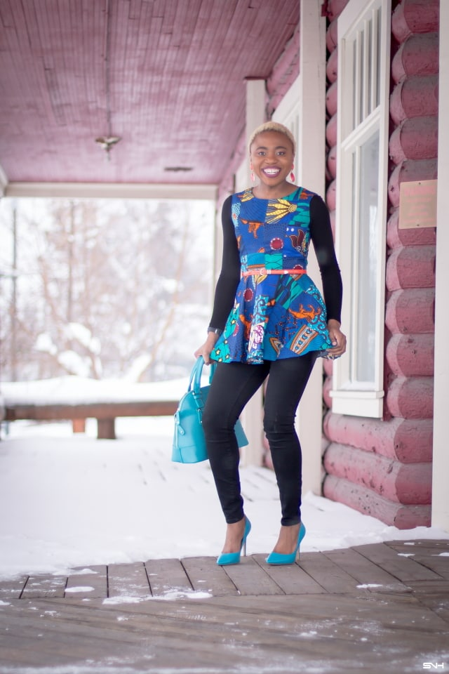 This African print peplum top has me obsessed with ankara styles and patchwork designs. Fashion blogger, Louisa shares a breathtaking patchwork ankara top as part of a 20+ days of African print fashion. Looking for a upgraded casual way to rock African print today, check out this look from Day 2 of the series by With Flare Designs. The pops of blue and orange contrasts beautifully on the black denim and bodysuit. #africanprint #ankara #ankarafashion #kente