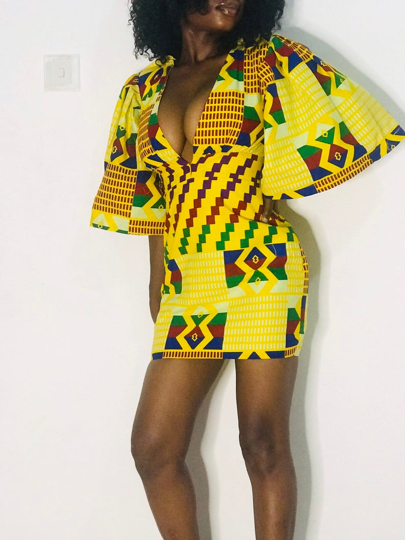 #ankarafashion #africanprint What's not to love about this comprehensive collection of the best ankara dresses worth investing in to upgrade your wardrobe. Keep reading to get the scoop on where to find these African print clothes today. From ankara Dutch wax, Kente, to Kitenge and Dashiki. All your favorite styles in one place.