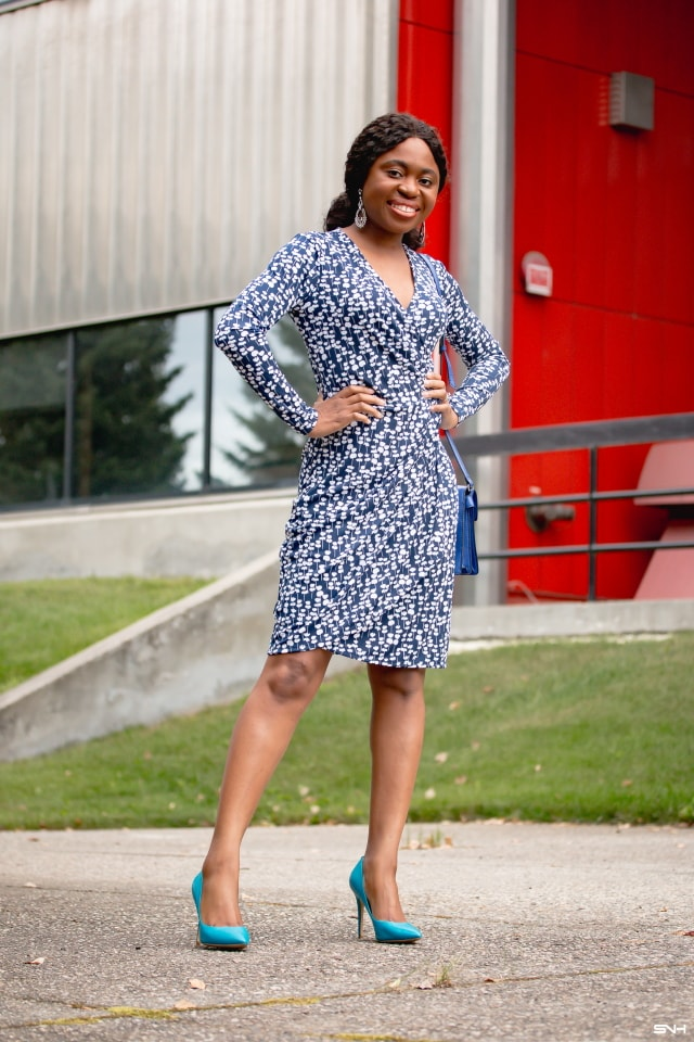 Styling this chic navy floral wrap dress in two simple ways today to show you how to get the most out of your wardrobe. Everyday style for women! Alaska fashion blogger, faux wrap dress, Amazon wrap dress, fall fashion, New Jersey fashion blogger, workwear, office style