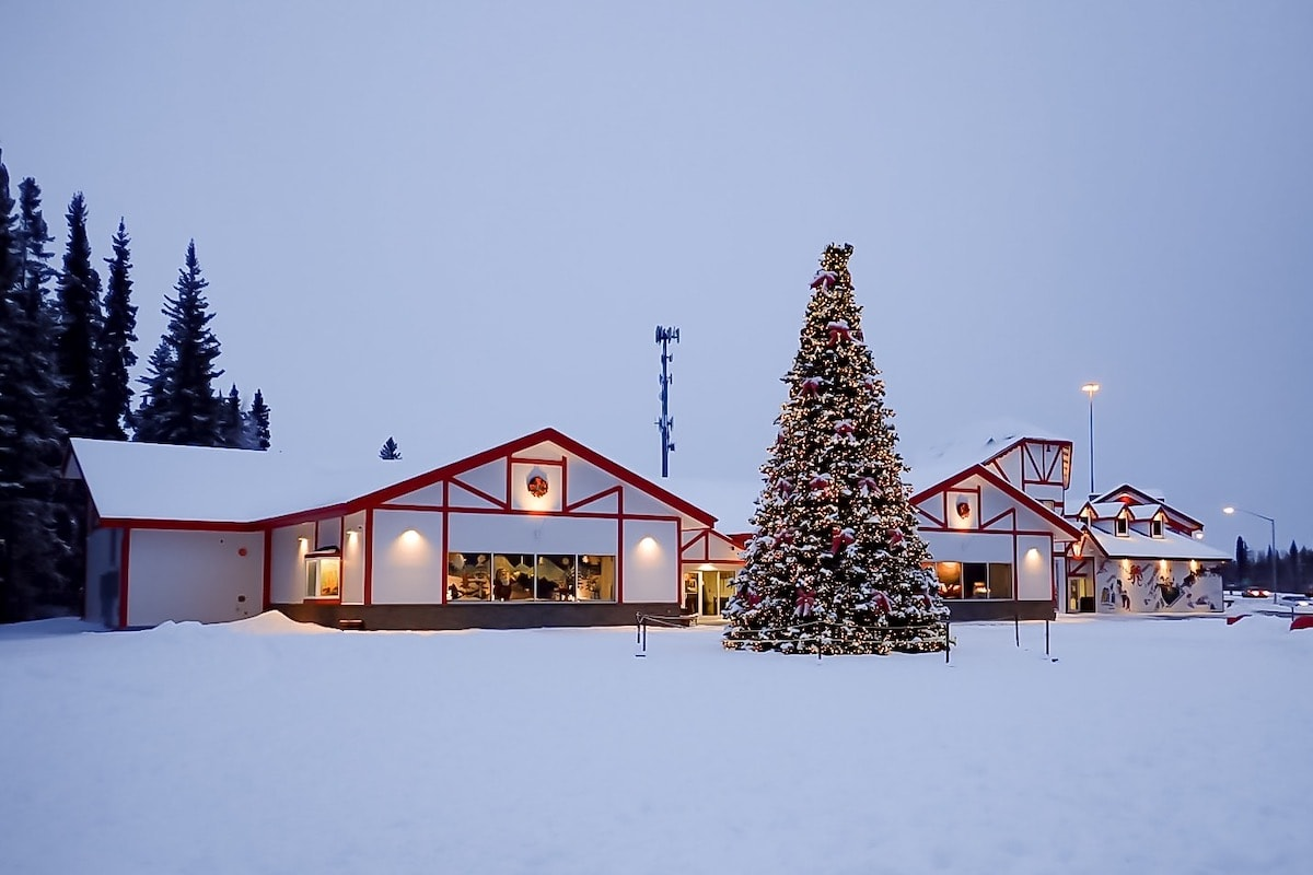 Everything you need to know about the Santa Claus House in Northpole, Alaska and the Running Reindeer Ranch located a few yards away.