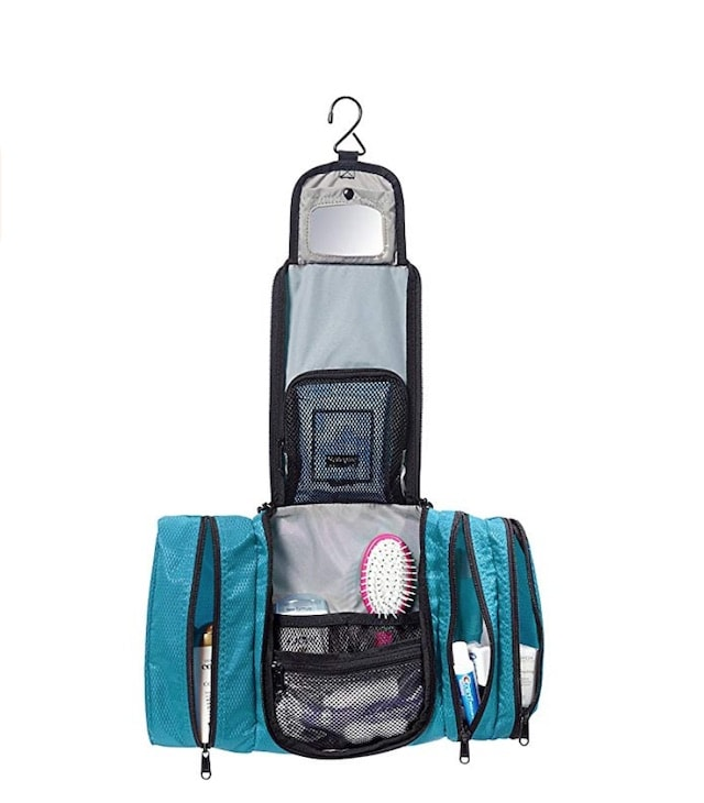 eBags Pack-it-Flat Hanging Toiletry Kit for Travel. A complete review of the best toiletry and cosmetic bag for travel and luggage sets. Everything from the best 2 piece luggage set, the best, 3 piece luggage sets and even the best carry on luggage set to get on Amazon.
