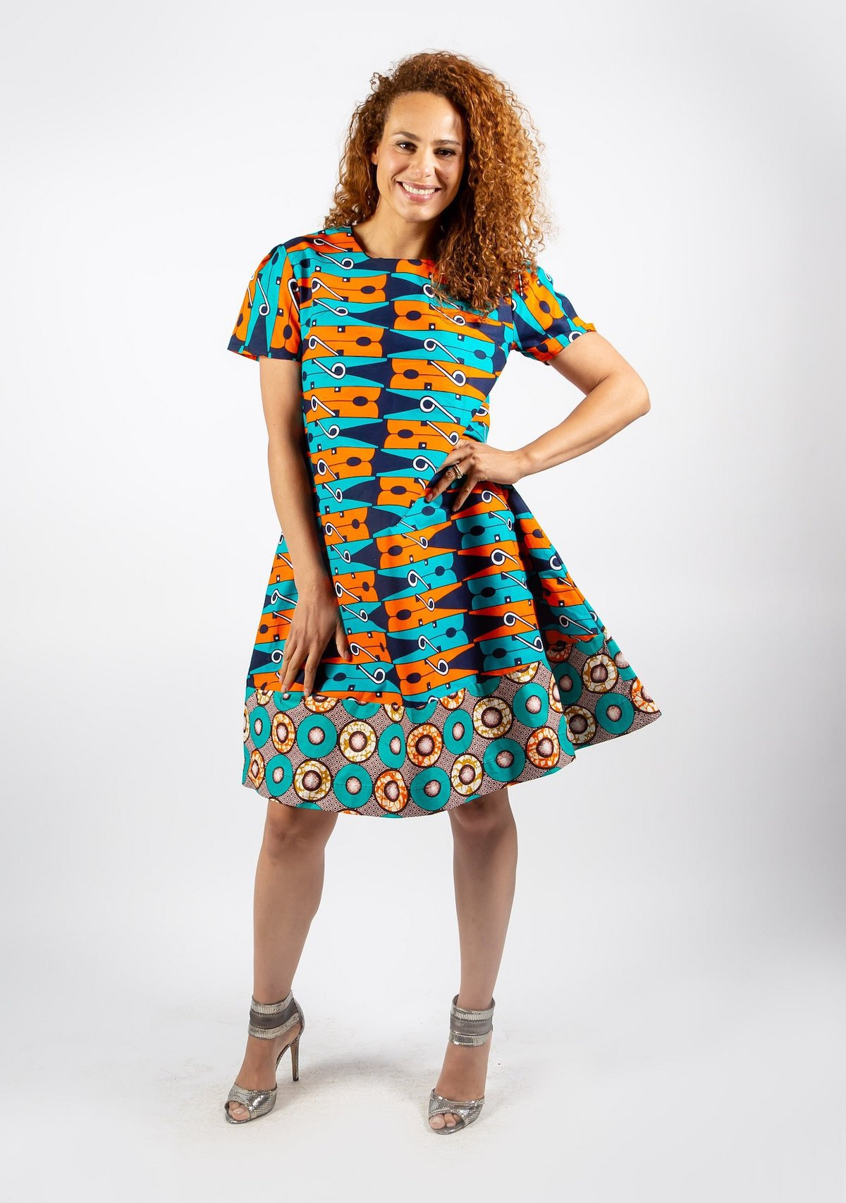 A roundup of the best African print dresses to add to your wardrobe this year. Wear these ankara dress styles to traditional weddings, prom dates, and religious ceremonies. Get details about each African attire to nail your African print fashion today. Click to see all! All about ankara Dutch wax, Kente, Kitenge, Dashiki. Africa fashion, African wear, African clothing. #africanprint #ankarastyles #africanfashion