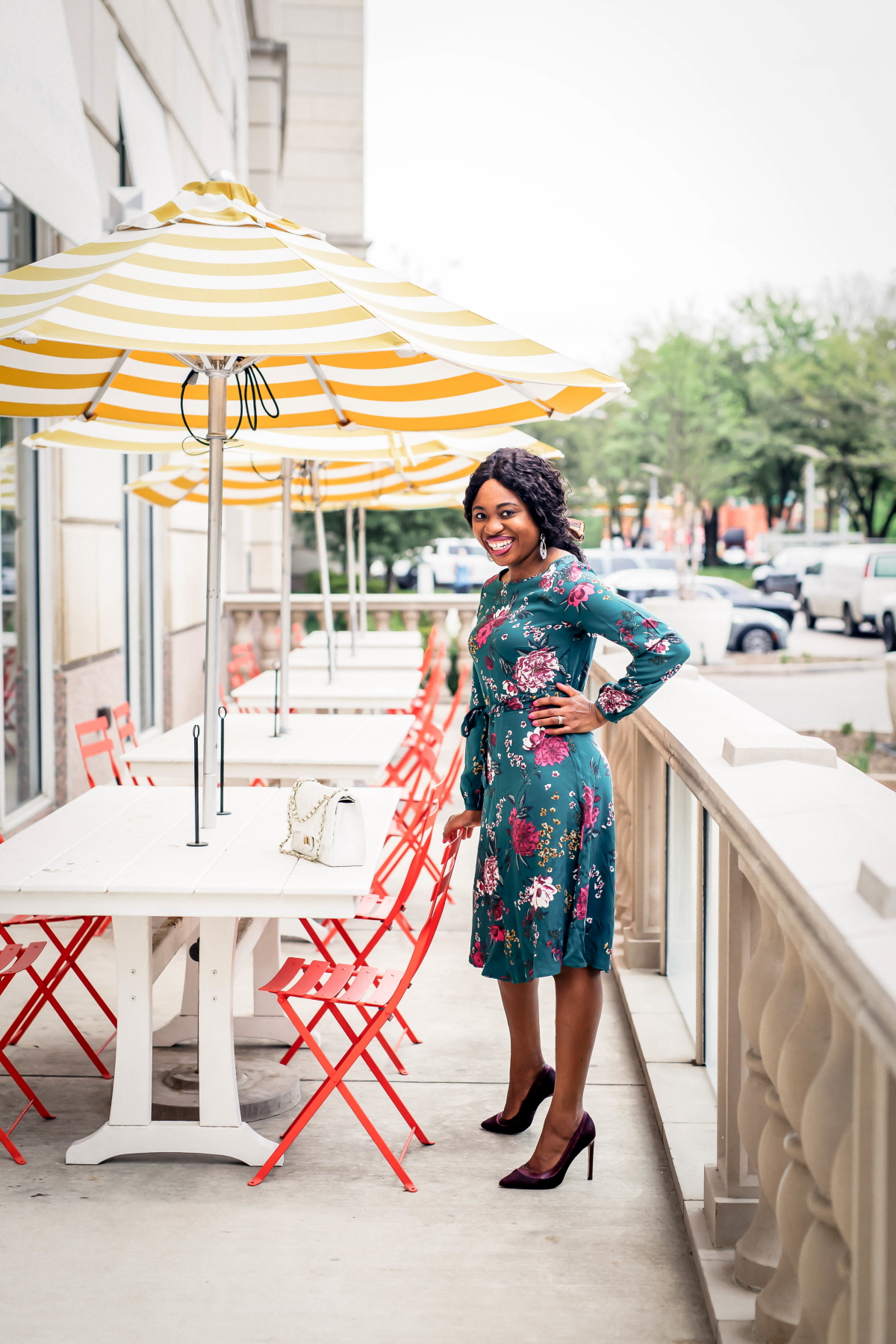 New Jersey fashion blogger shows us best floral dress to wear this season. This under $50 midi dress is the perfect dress for special occasions. It's so versatile that it can easily be dressed up or down for any occasion. #mididress #dressoutfits