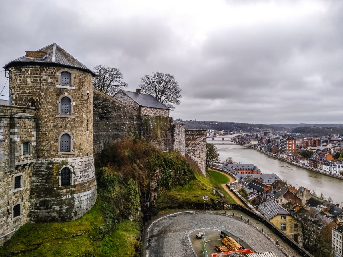 The Citadel of Namur is without a doubt one of the biggest attractions in Namur. Keep reading to discover 7 additional free/almost free things to see and do in Namur!