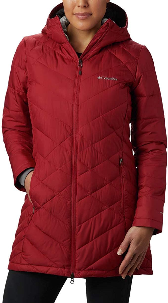 #designerdupes #winterjackets A roundup of 21 amazing alternatives to Canada Goose's parkas that are more affordable for a fraction of the price (as low as $38!). #downjacket