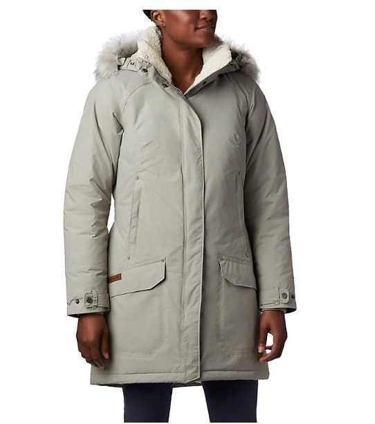 #wintercoat #canadagoose If you're been on the hunt for a Canada Goose look-alike parka that is guaranteed to keep you warm without breaking the bank, you'll love these jackets. #1, #9, and #17 are my favorite. #downjacket