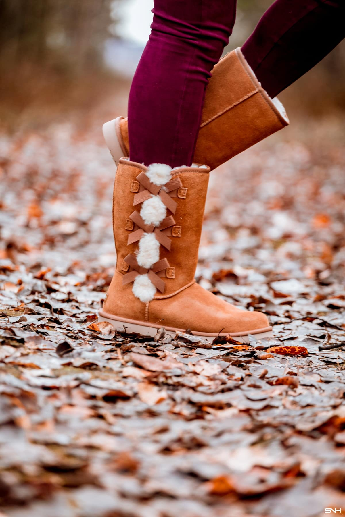 #uggs Not ready to splurge on Ugg boots this year? Save $$$ by getting one of these cheap Ugg boots like Bearpaw, CLPP'LI, Dawgs, Ausland, or Dream Pairs. My favorites are #2, #7, and #5! #bearpaw #wintershoes