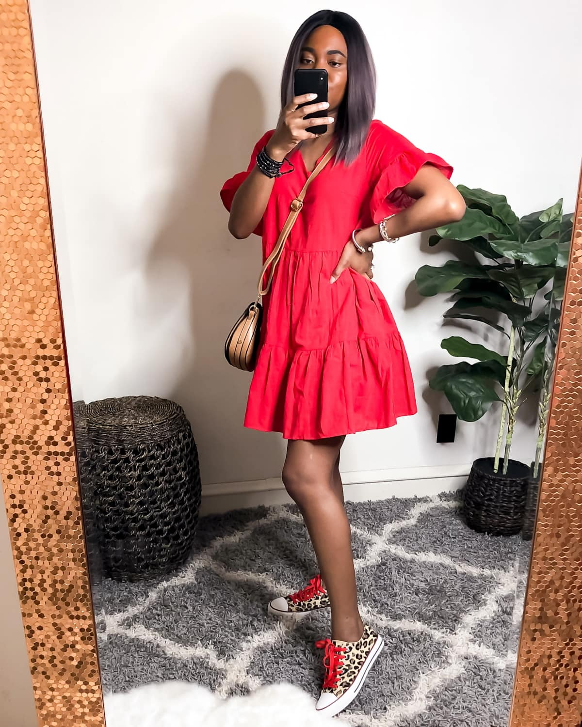 7 gorgeous outfits with red dress for spring, summer, and fall