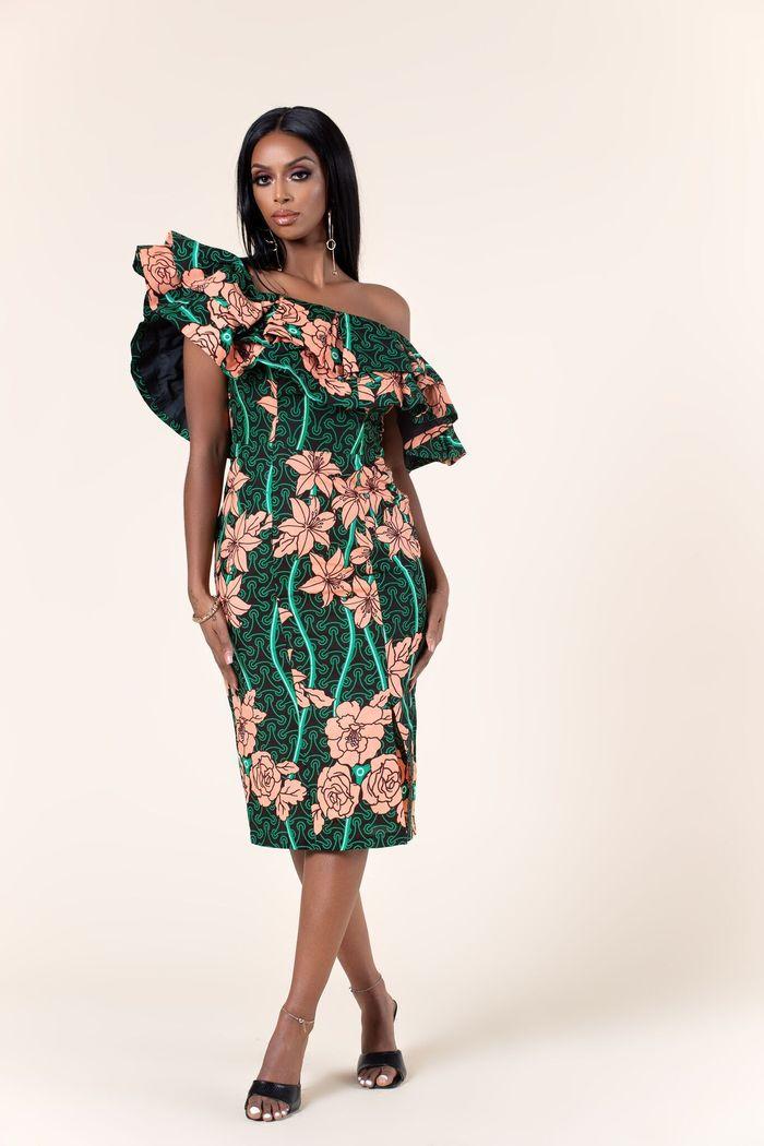 A sexy off-shoulder African print dress