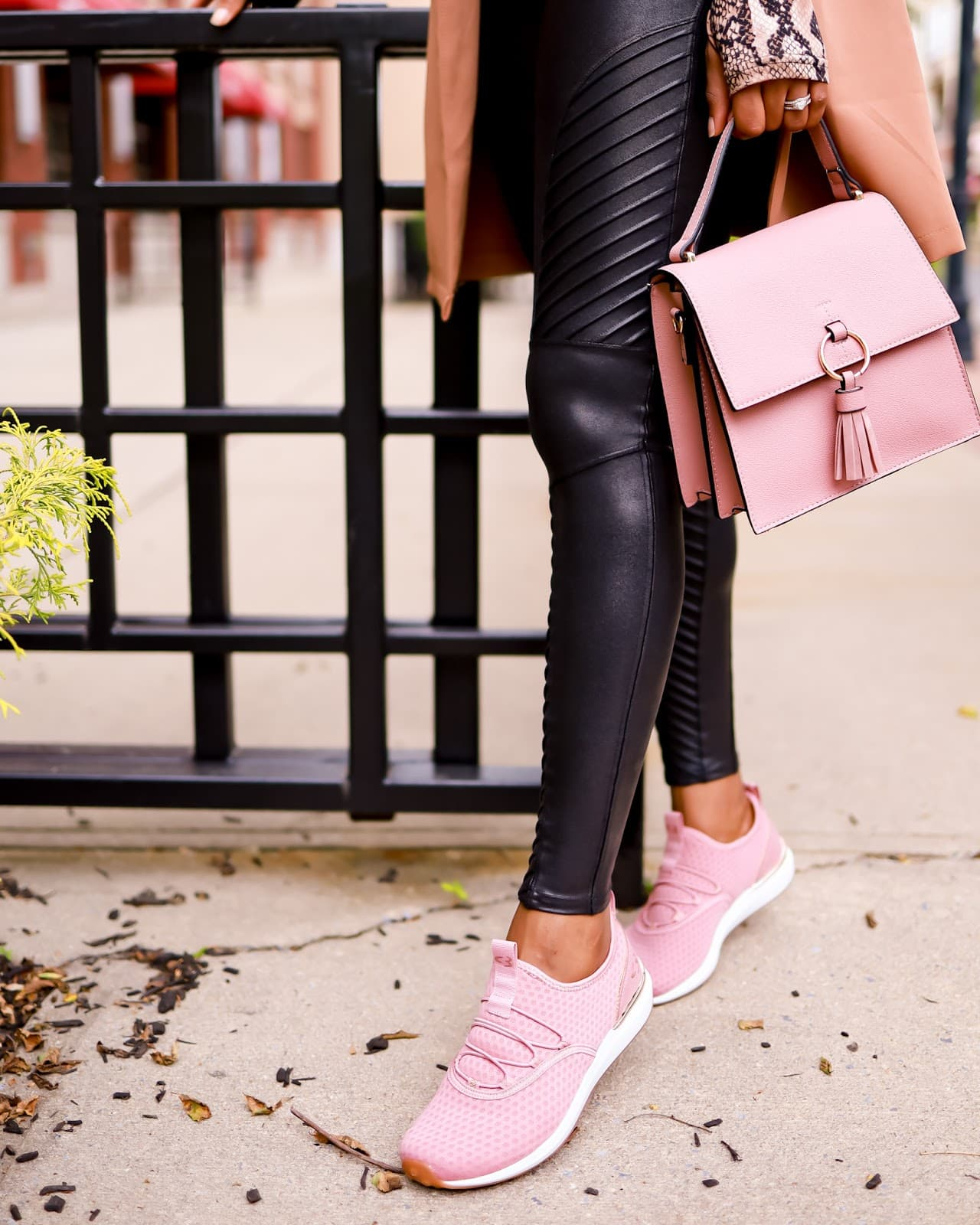 Styling my Spanx moto leggings with a pink bag and pink sneakers
