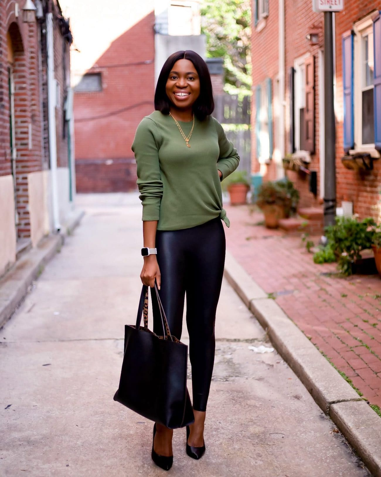Spanx faux leather leggings outfit - what to wear with spanx faux leather leggings