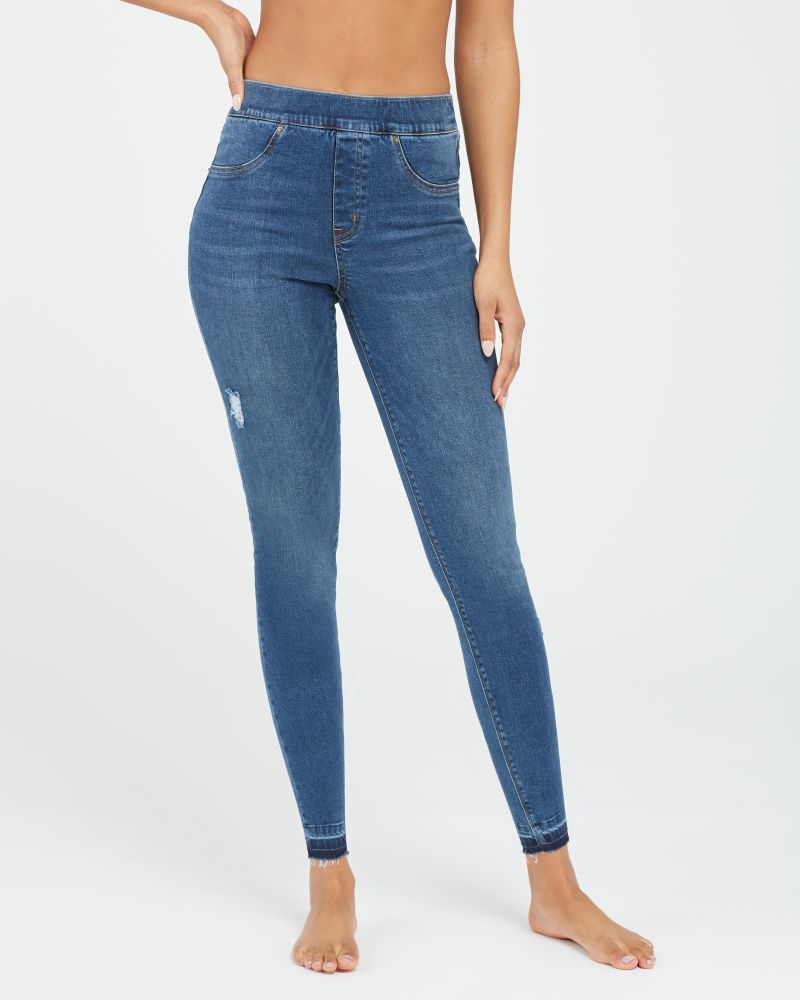 Spanx Distressed Ankle Skinny Jeans - Should you get Spanx leggings? Spanx leggings come in faux leather, velvet, camo and more. If you can only get one leggings, here's what I recommend.