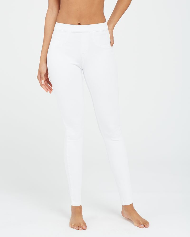 Spanx Jean-ish Ankle Leggings - Are Spanx leggings see through? My honest review on Spanx leggings and pants and the Spanx leggings for your needs.