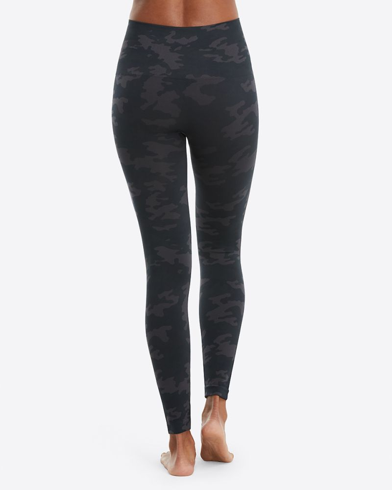 Spanx Look at Me Now Seamless Leggings - I tried several Spanx leggings and work pants? Do they all live up to the hype? These are the best Spanx leggings right now.