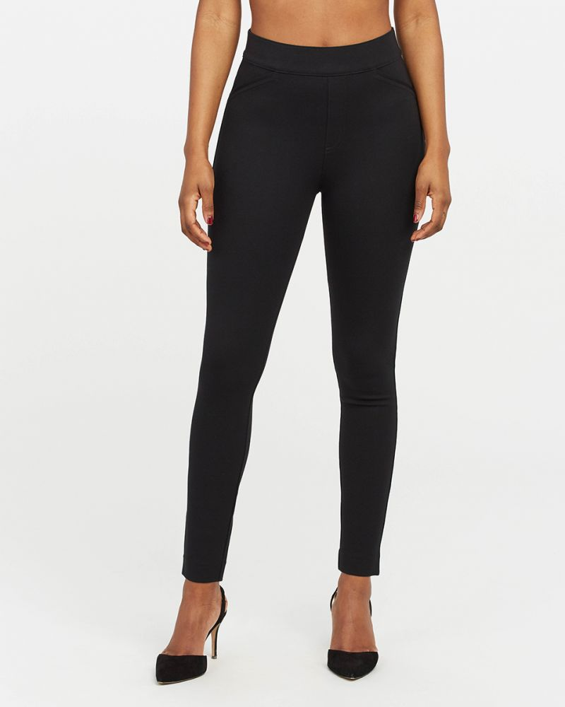 Spanx The Perfect Black Pant, Ankle Backseam Skinny - I tried several Spanx leggings and work pants? Do they all live up to the hype? These are the best Spanx leggings right now.