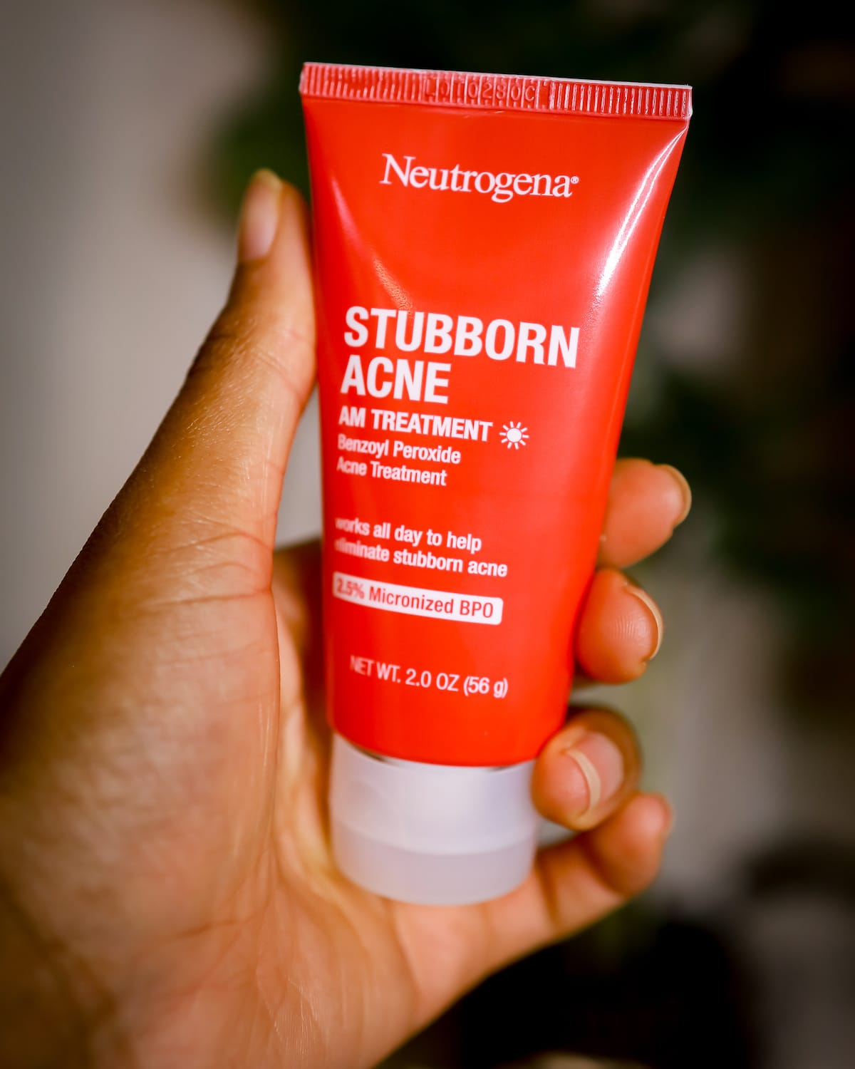 neutrogena stubborn acne AM treatment review